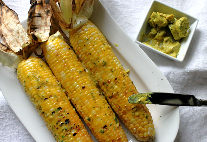 grilled-sweet-corn-with-curried-compote-butter2